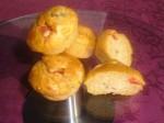 Mini-cakes au poivre, olives et cumin